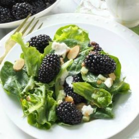 Blackberries-and-greens-salad-1024x952